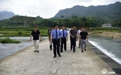 三都縣檢察院開展巡河活動助力生態建設