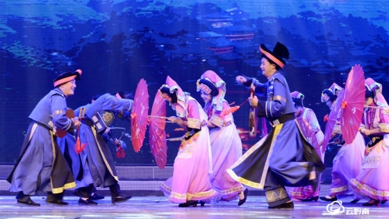 """黔南大型原创舞蹈诗画《美丽的地方》——""""吉妮丽吉""""在贵阳成功展演"""