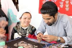 外国留学生到三都体验民族文化
