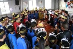 独山第二中学:情暖童心 爱洒校园