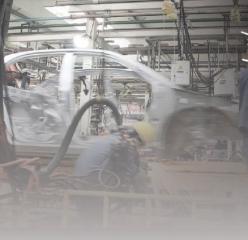 政府支持 积极行动 汽车厂商忙止损