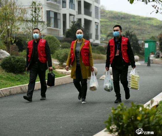 """福泉:社區""""管家""""在一線 疫情防控服務忙"""