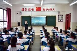 龙里:小学和幼儿园陆续复学