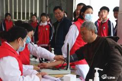 福泉市妇幼保健院:健康知识上讲堂 义诊活动进校园