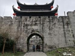 【红色足迹 百年传承】古城墙边新风景胜