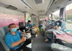 南方出租车公司开展无偿献血公益活动